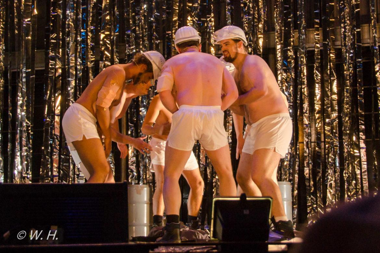2011_Ganzodergarnicht_OpernhausDortmund_4